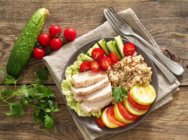 อาหารที่กินยังไงก็ไม่อ้วน ไก่ต้ม