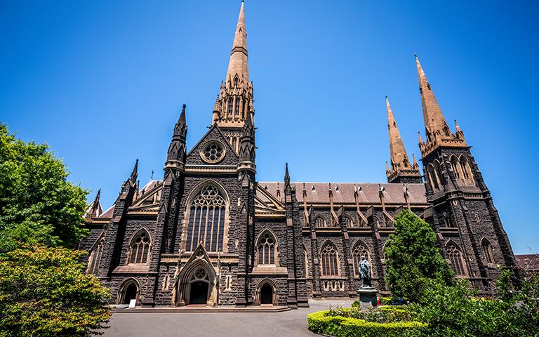 วิหารเซนต์แพทริค (St Patrick's Cathedral) เมืองเมลเบิร์น (Melbourne)