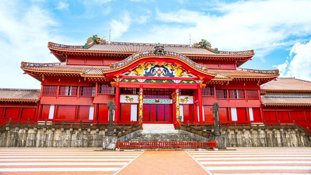 ปราสาทชูริ (Shuri Castle) โอกินาว่า